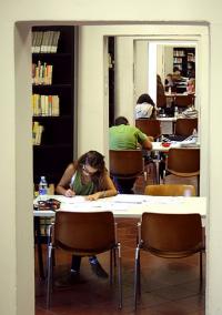 Da calendario accademico Unipr studenti che studiano